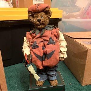 Boyds Bear Jack B. Punkinbeary Crumpleton Figurine